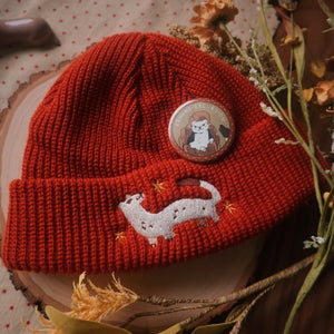 starry ermine *fitted* knit hat (CM)