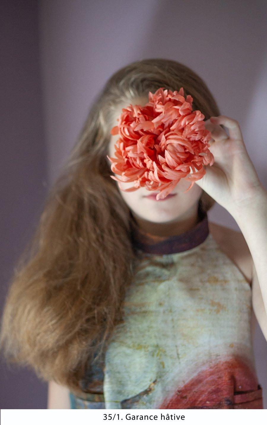Image of Grande Fleur Teinture Naturelle - Natural Dye Big Flower