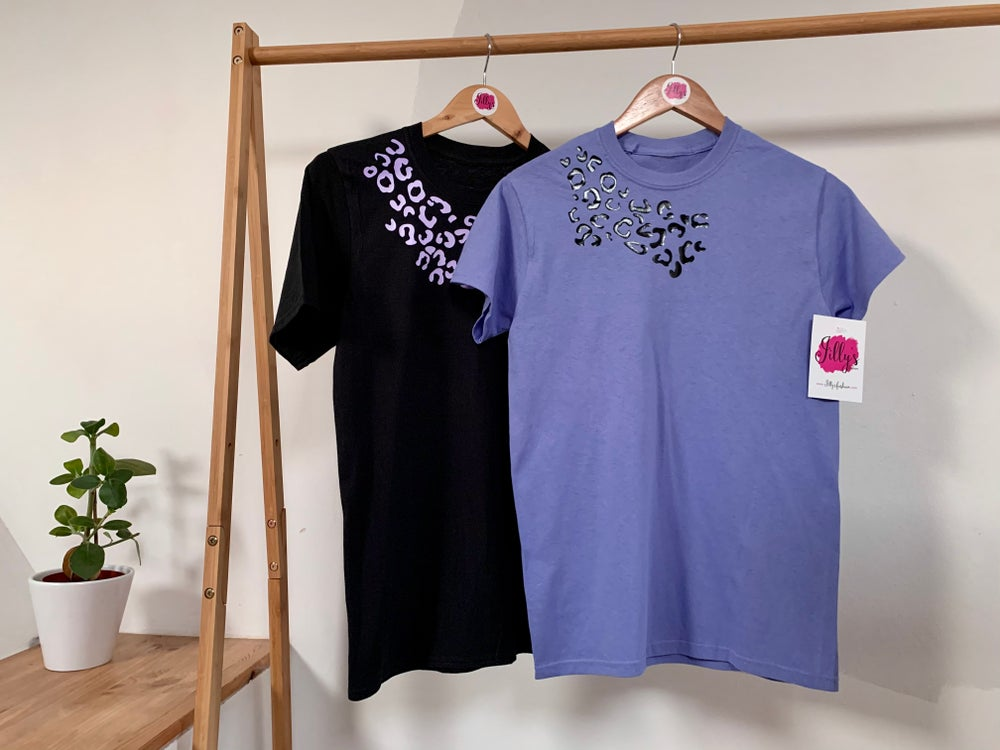 Leo leopard scatter tee - adult