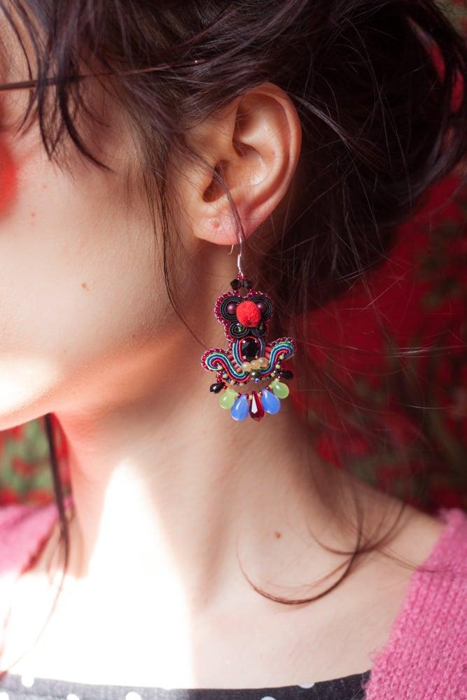 Image of Deli Earrings - Livin's easy - Petites boucles brodées