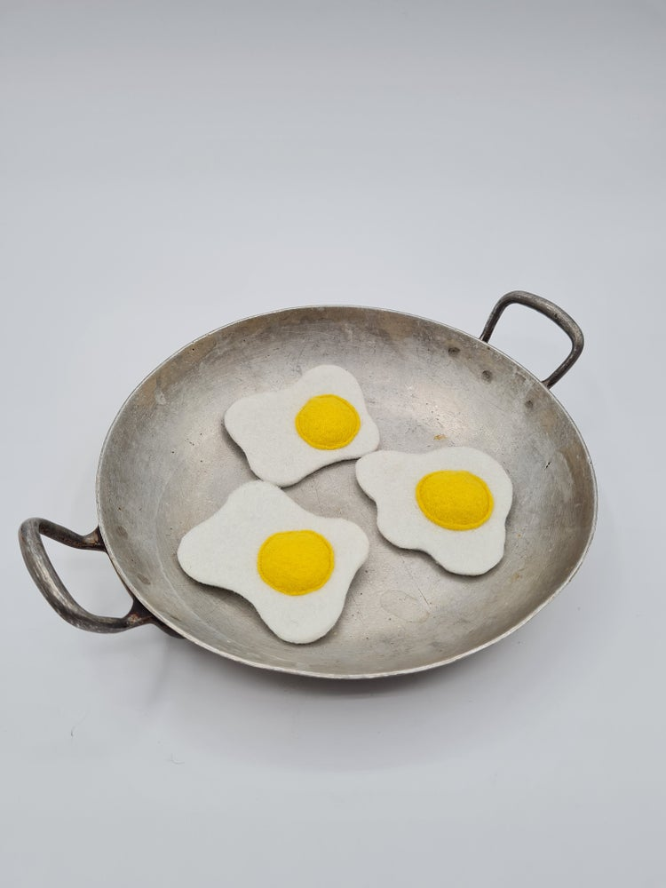 Image of Broche oeuf au plat