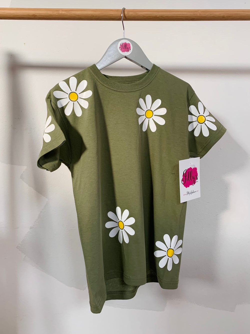 oops a daisy tee - adult