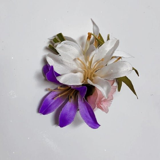 Image of Flower Hair Pieces