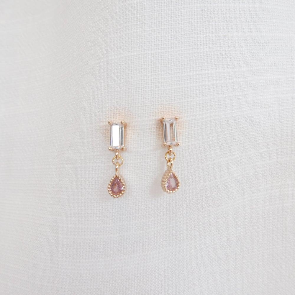 Image of Snow White Earrings