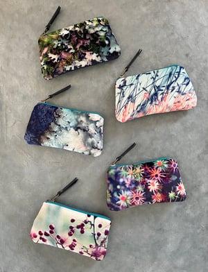 Image of Blue lichen, velvet zipper purse