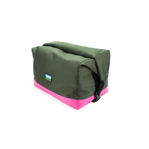 Image of Pasa Basket Tote Bag - Olive/Fushia