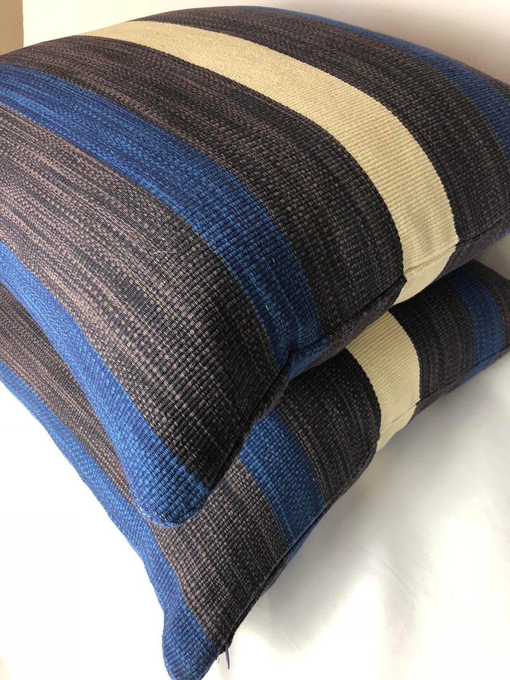 Ralph Lauren Contemporary Graphic Fabric Designer Pillow With 90/10 Down Insert
