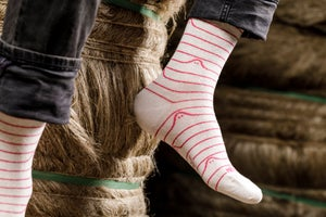Image of Chaussettes en Lin made in France - Motif Lignes Booo Blanc et Candy