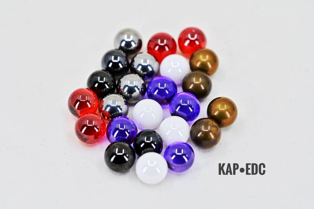 Image of 8 mm balls