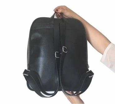 Luna Ita Backpack w/Free Pin