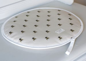 Image of A pair of bee print Aga covers