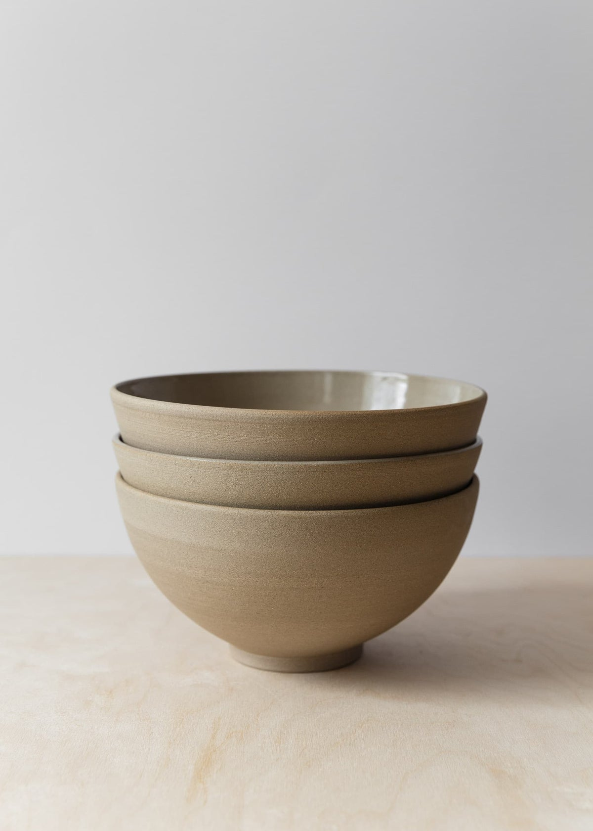 Image of Taupe dinner bowl