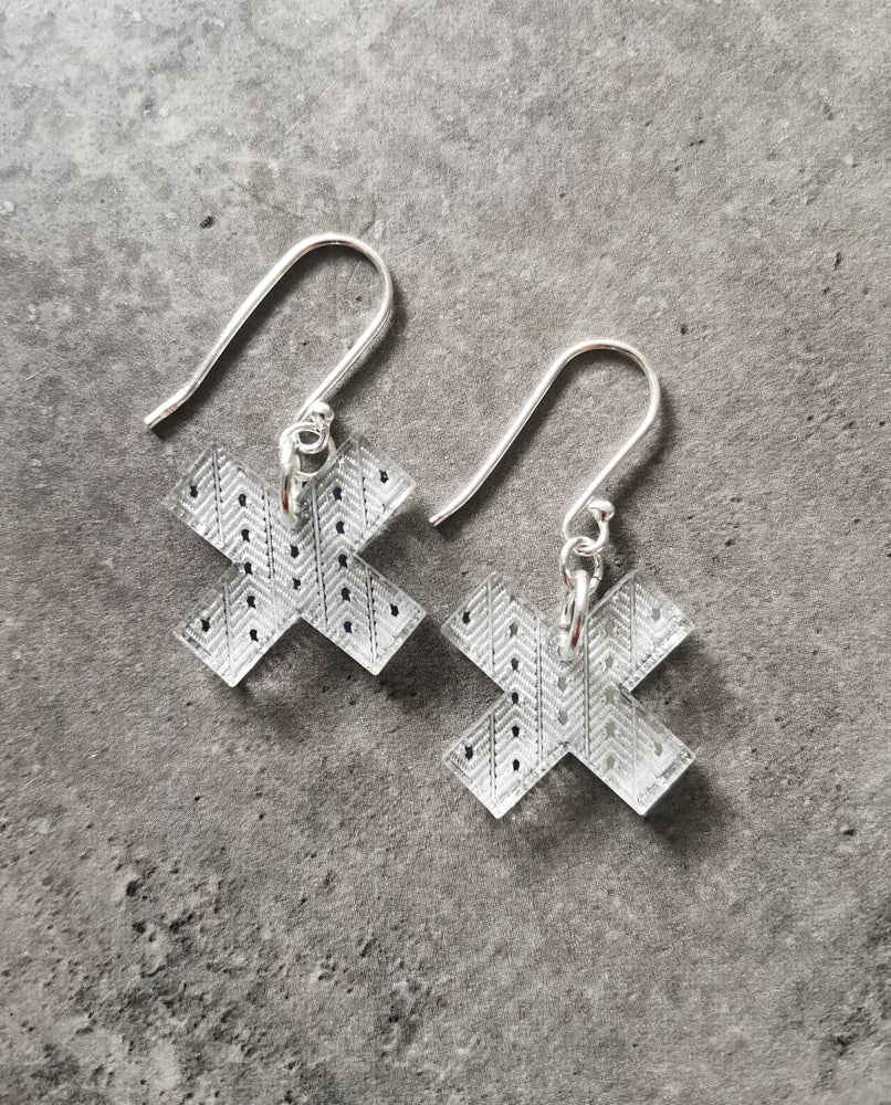 Image of Small Kisses in Silver