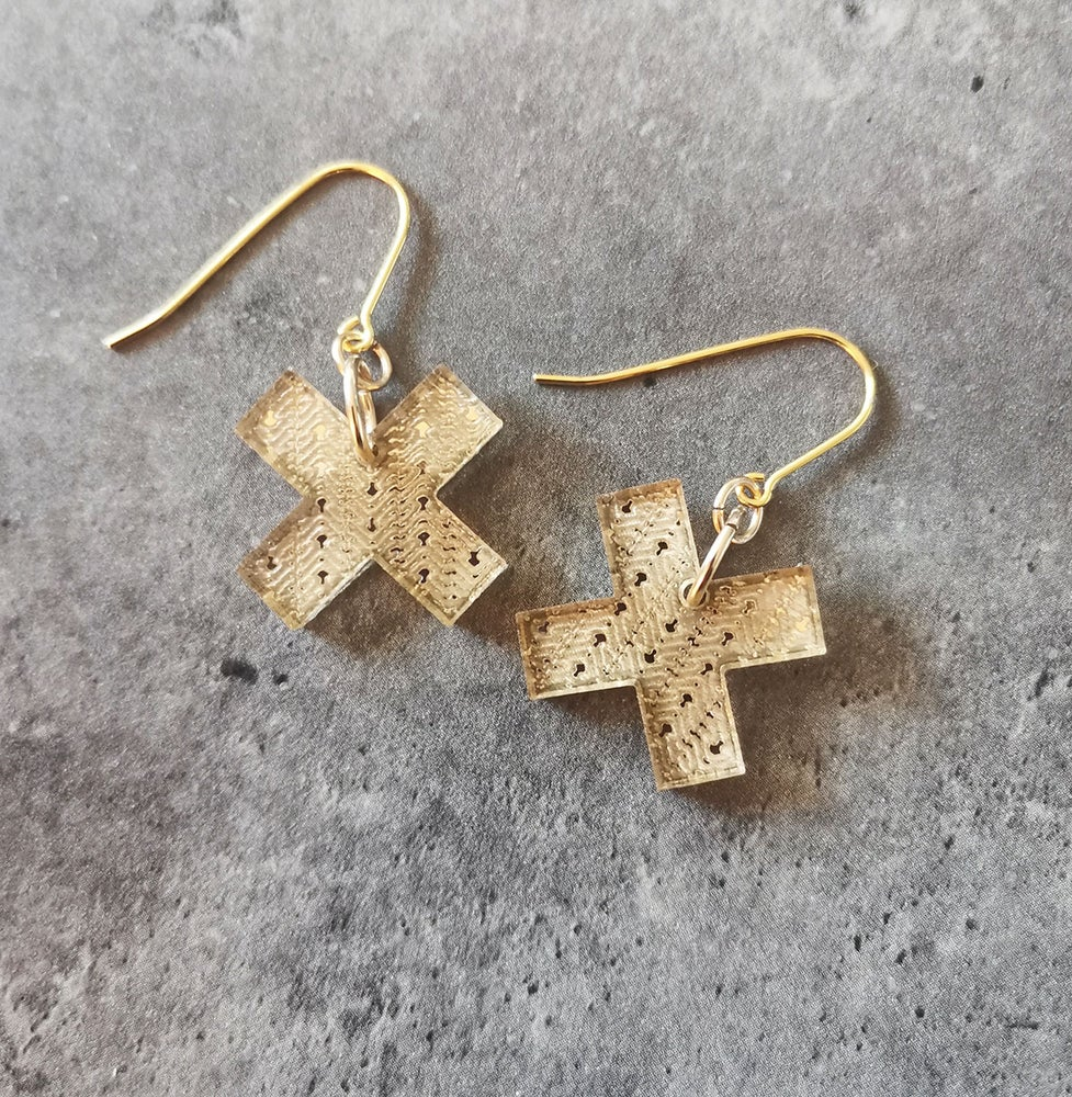 Image of Small Kisses in Gold