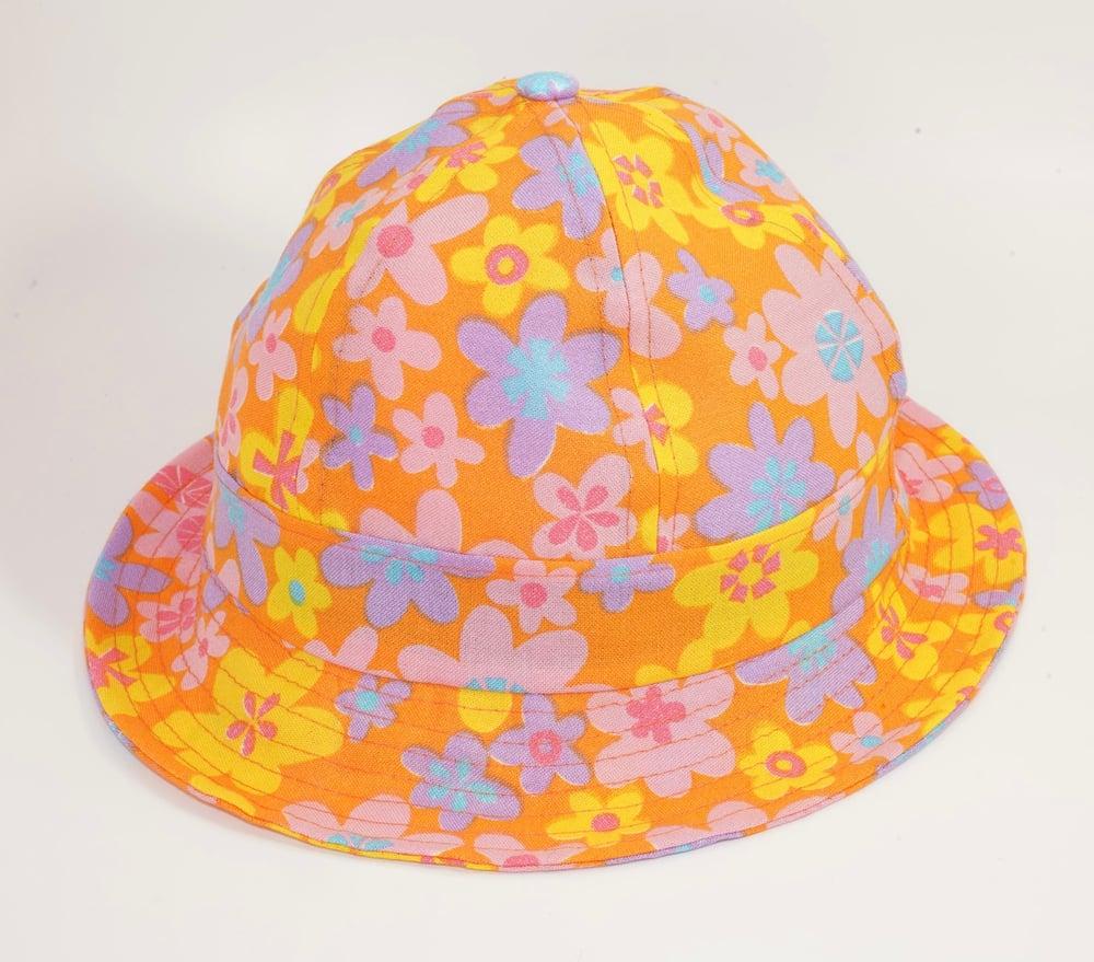 Image of Full bloom bucket