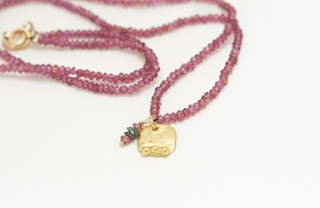 Image of Romy garnets & 18ct gold pendant necklace