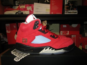 """Image of Air Jordan V (5) Retro SP x Trophy Room """"F&F"""""""