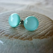 Image of turquoise studs - round