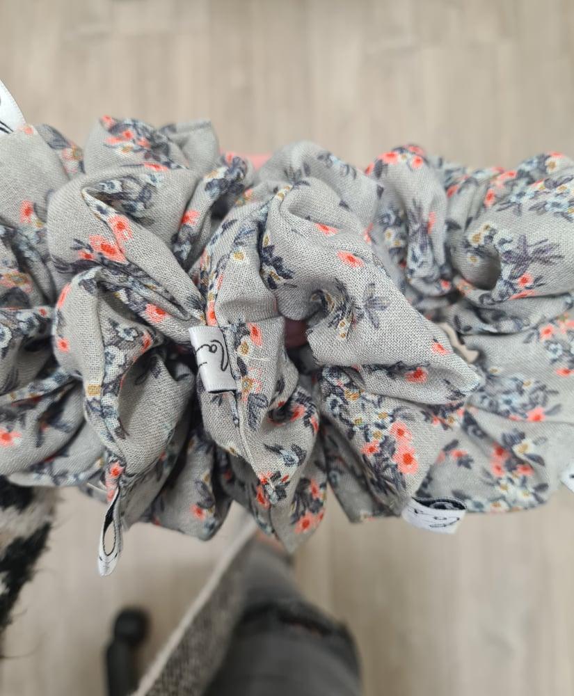 Image of Floral Scrunchie.