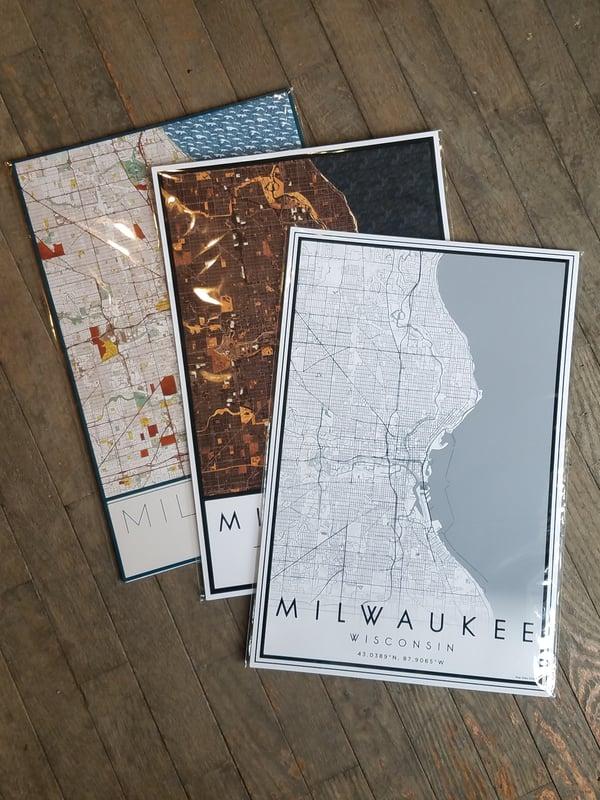 "Image of Milwaukee Map Art Print 12"" x 18"""