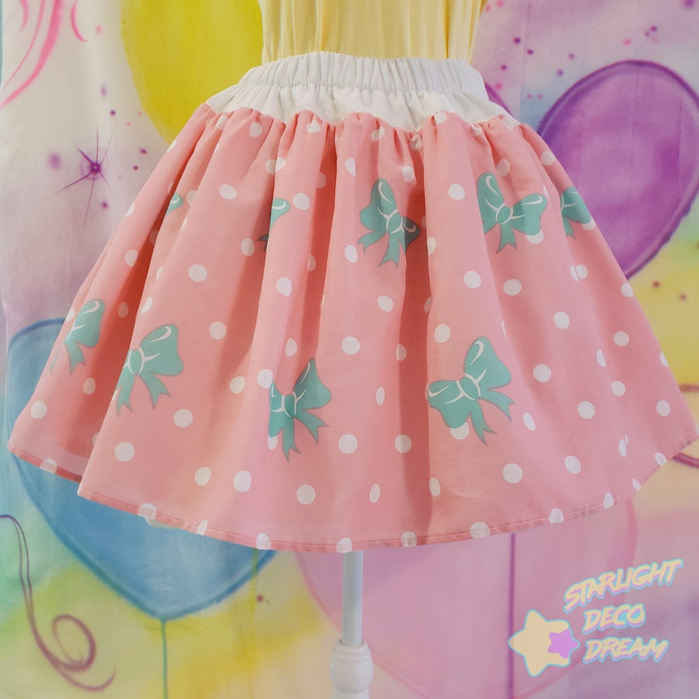 Image of Peach Dot and Mint Green Bows Skirt / Large