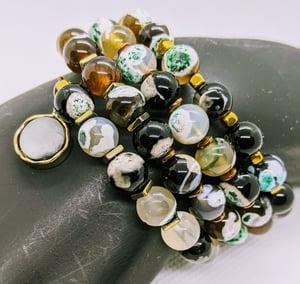 "Original "" Earth tones Agate Natural Stones Wrap Memory Wire Bracelet"""