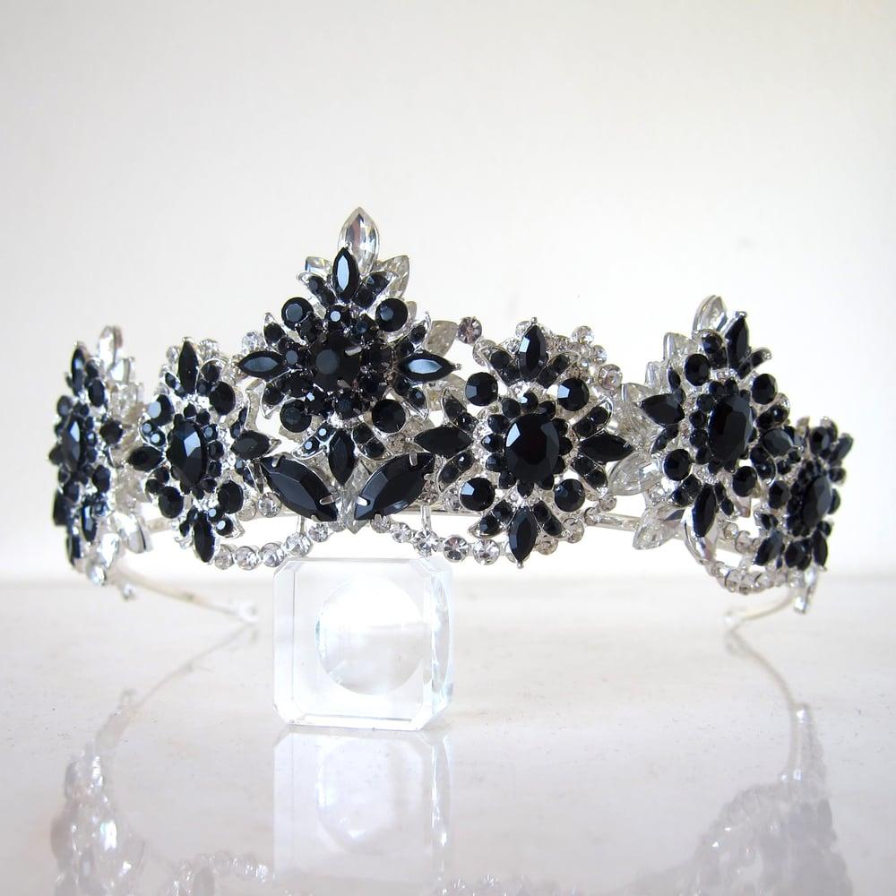 Image of Queen of Darkness tiara