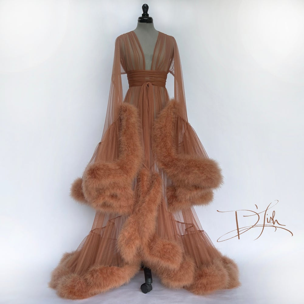 """Image of Fawn """"Cassandra"""" Dressing Gown"""
