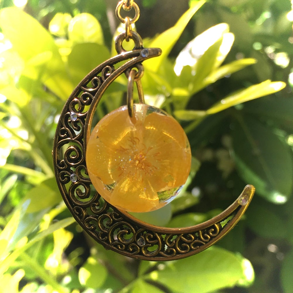 Buttercup Moon Resin Necklace in Antique Gold