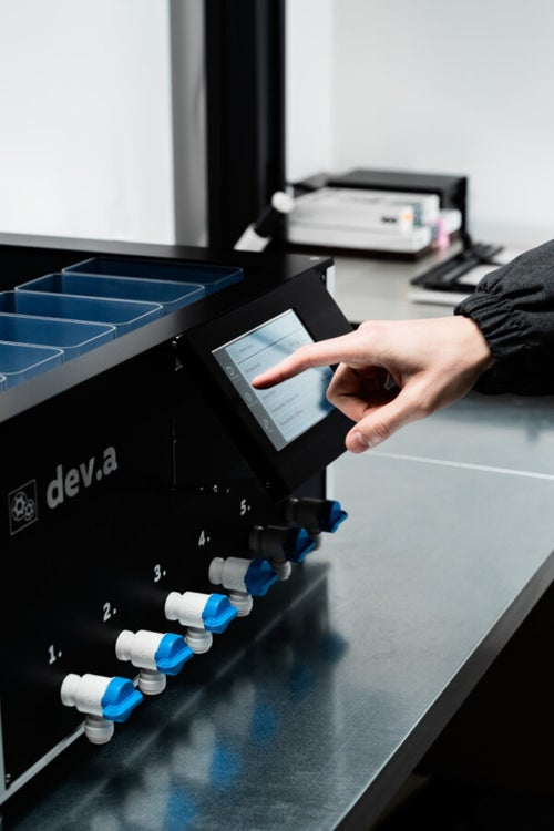 Image of Dev.a: Fully automatic, compact, programmable film processor
