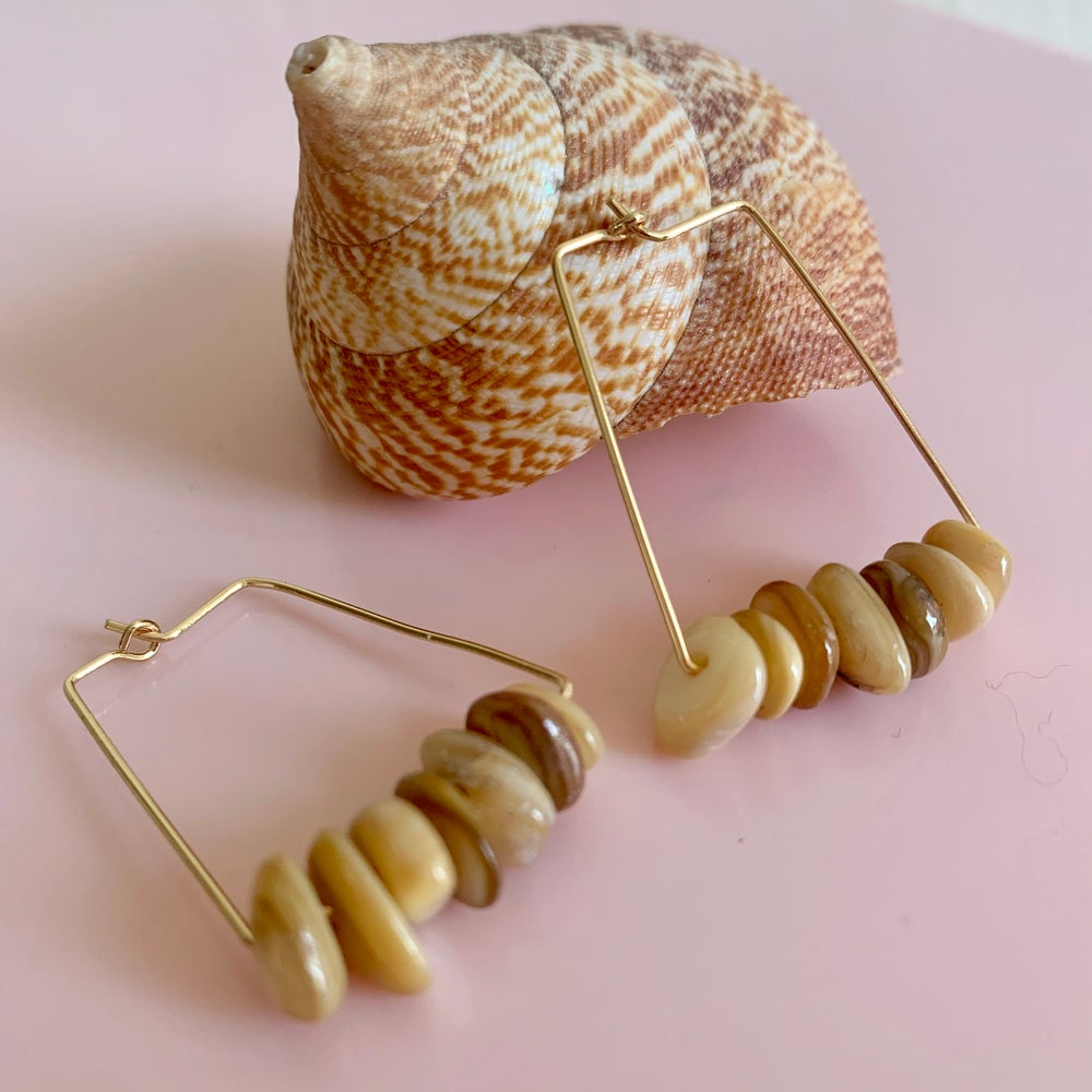 Image of Taupe Shell Nugget Rectangle Hoops