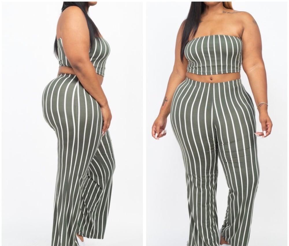 Plus Size Striped Crop Top & Wide Leg Pants Set