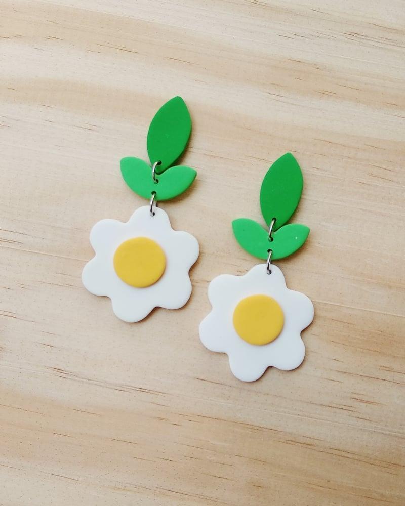 Image of Pendientes Daisy - blancos