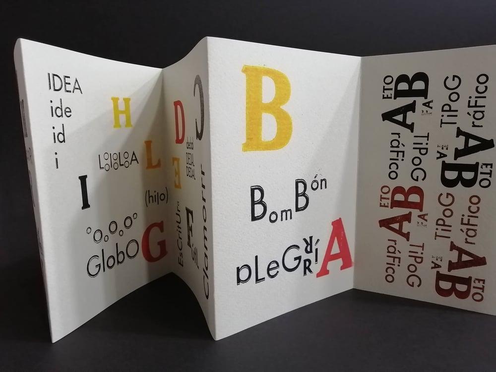 Image of Alfabeto Sorpresa Acordeón Tipográfico