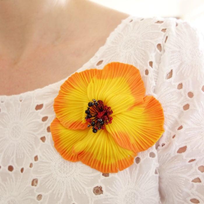Image of Grande broche Fleur jaune