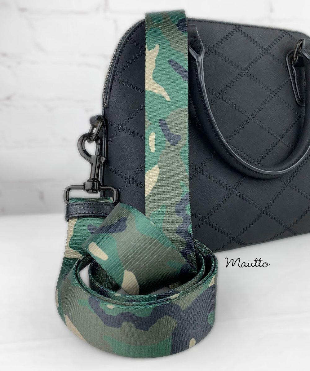 "Image of Green Camouflage (Camo) Bag Strap - 1.5"" Wide Nylon - Adjustable Length - Dog Leash Style #19 Hooks"