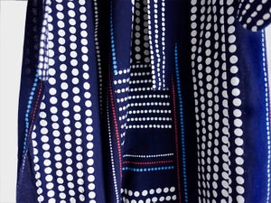 Image of Kimono af bomuld - Yukata - indigoblå med prikmønster