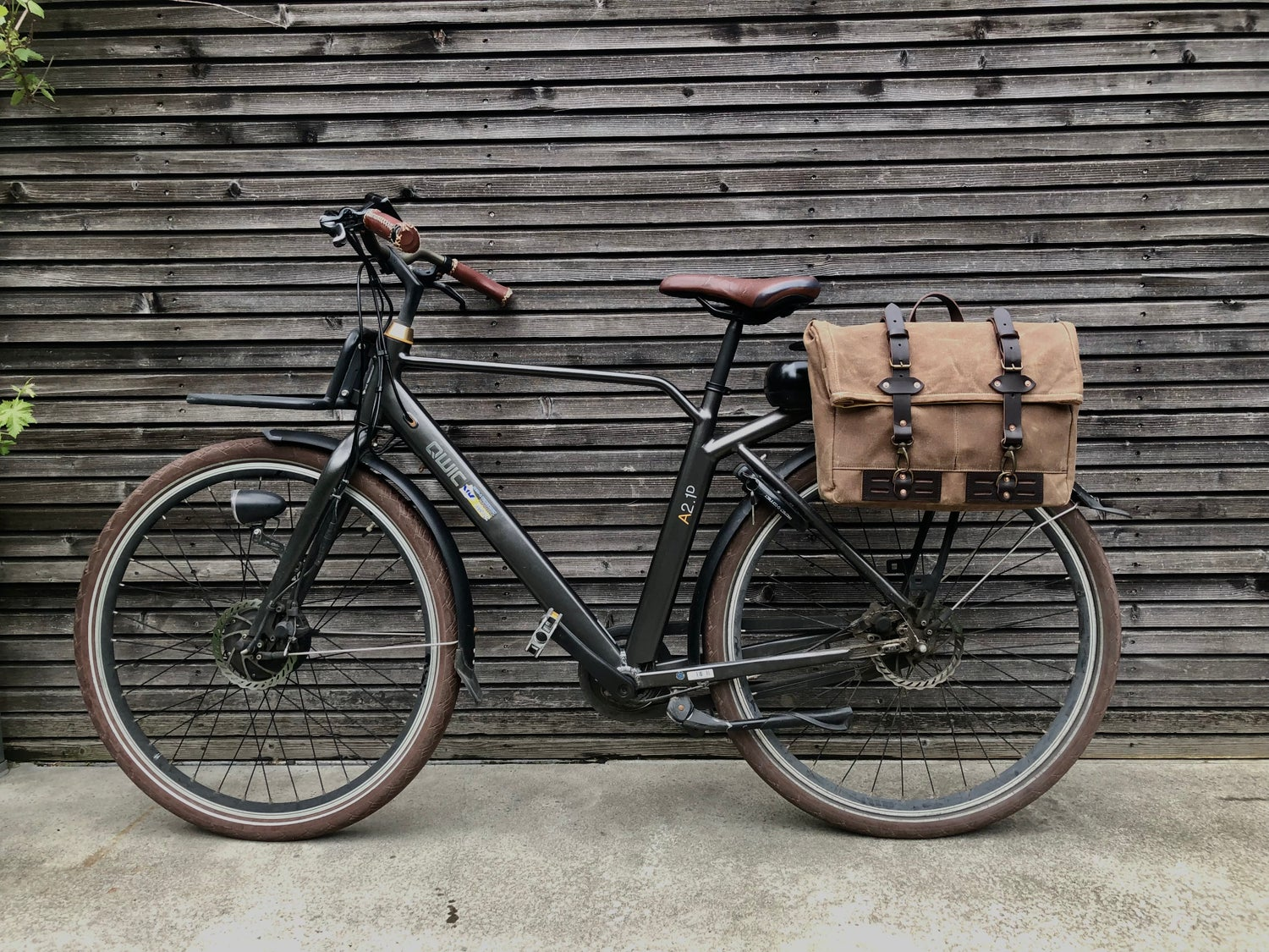 Image of Waxed canvas saddlebag for Super73 convertible into messenger bag Bicycle bag in waxed canvas Bike a