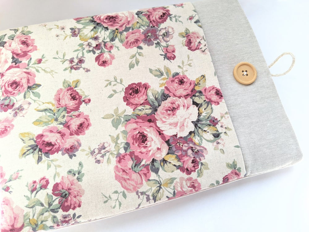 Image of Linen Laptop Cover, Padded with Pocket iPad Sleeve Case, Kindle Cover, Custom Fit