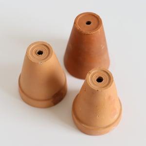 Image of Pots à muguet en terre