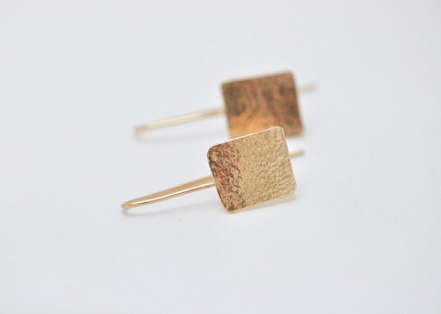 Image of Mina 9ct gold lace earrings