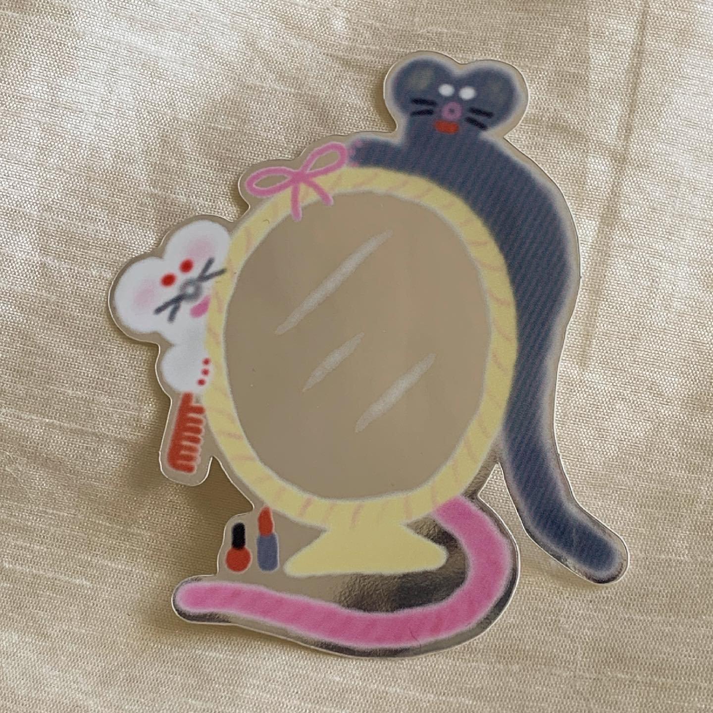 Mousey mirror sticker