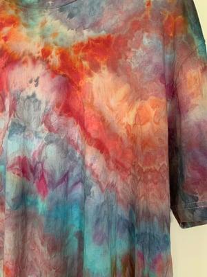 Image of Tie Dye 1 of 1 L (Hibiscus Horizon)