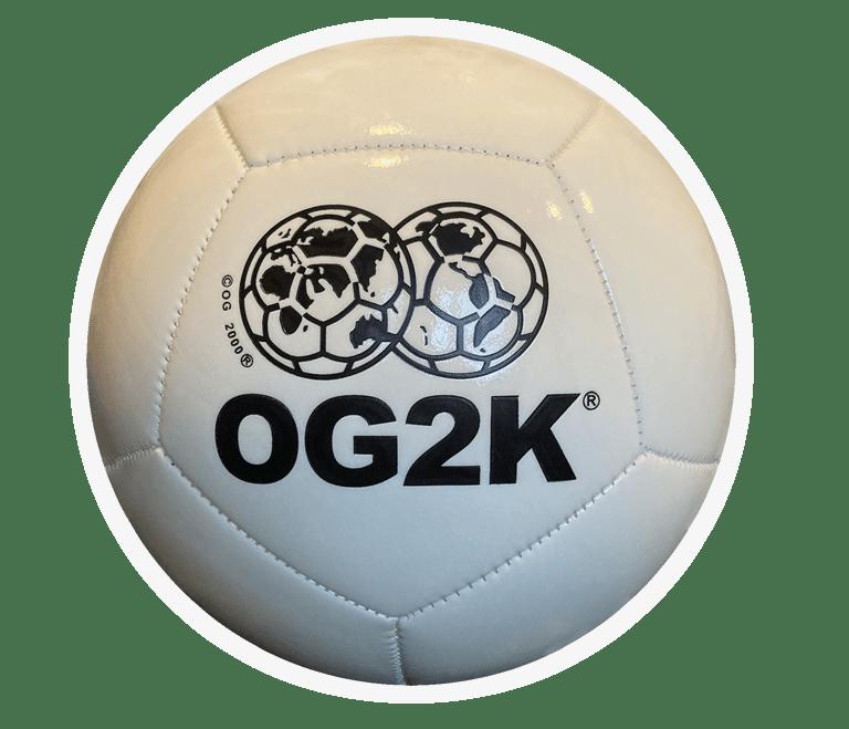 "Image of ""OG FIFA"" FOOTBALL"" - WHITE / GLOW IN THE DARK"