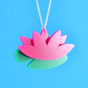 Image of Sarah Millican Well Done Flower Necklace