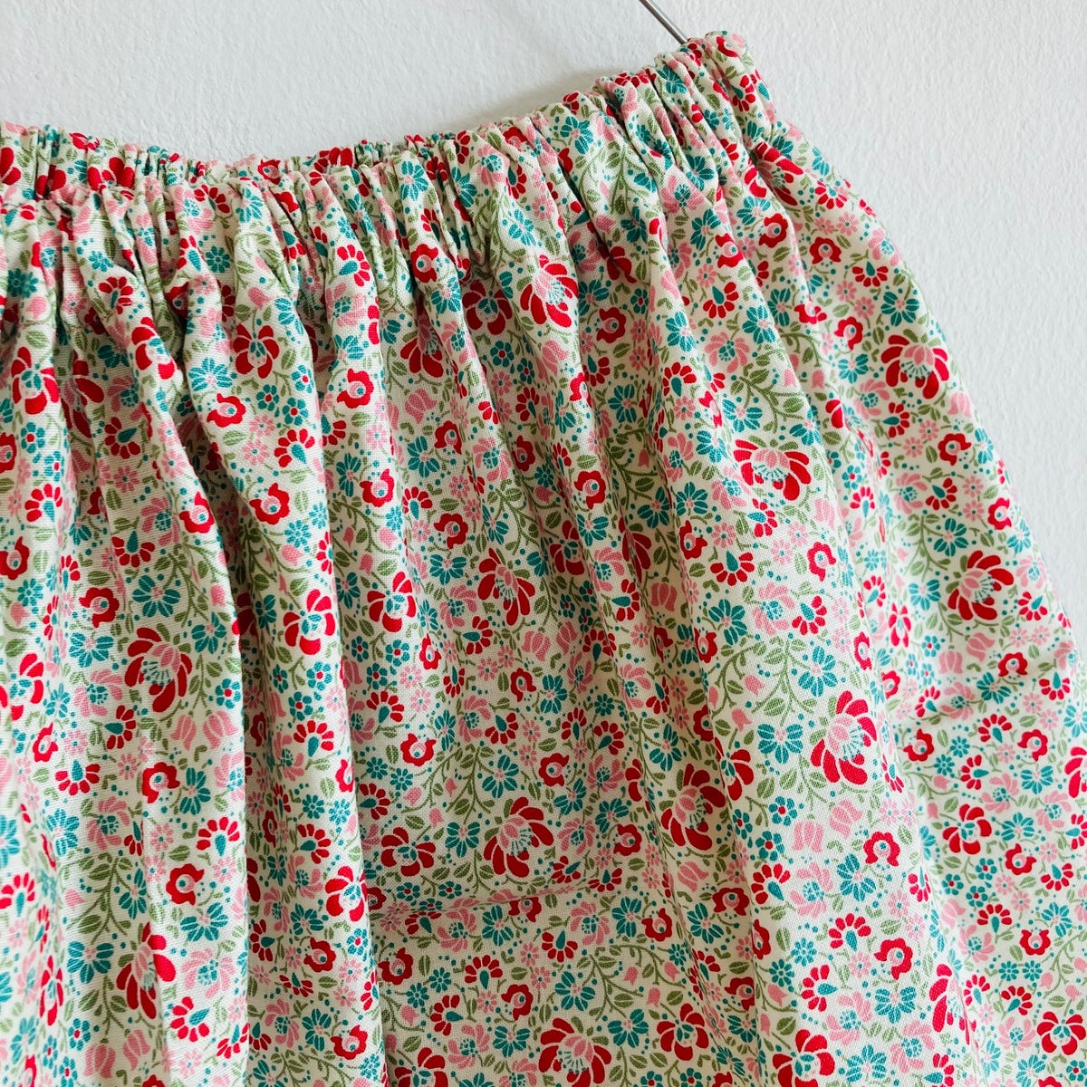 Easy Skirt with vintage lace-millefleurs