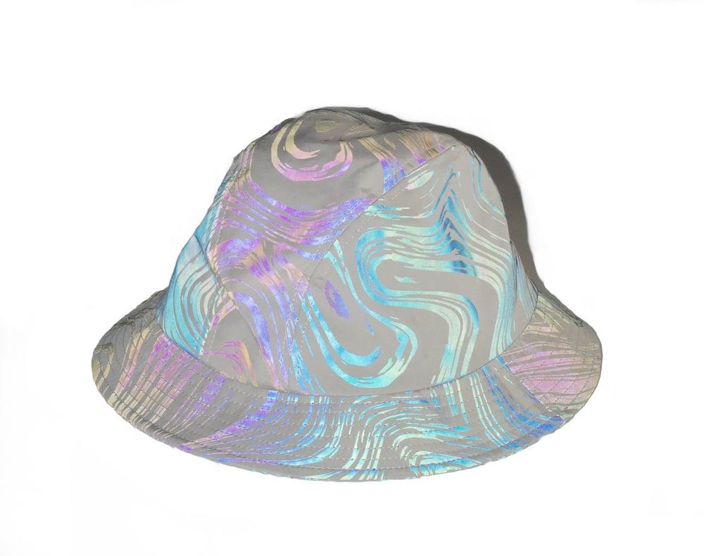 Image of BUCKET HAT HALLUCINATED