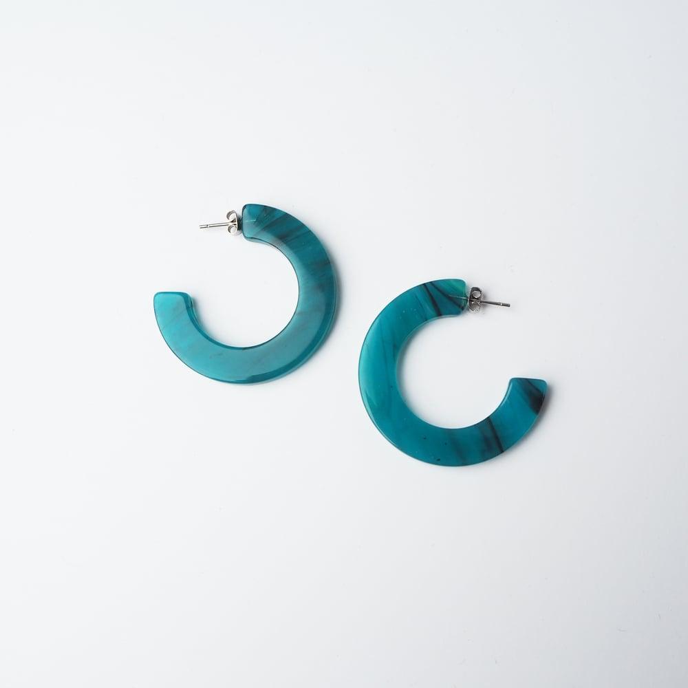 Image of *SAMPLE SALE* Jade Midi Hoop Earrings