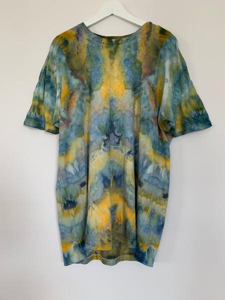Image of Tie Dye 1 of 1 XL (Mirror)