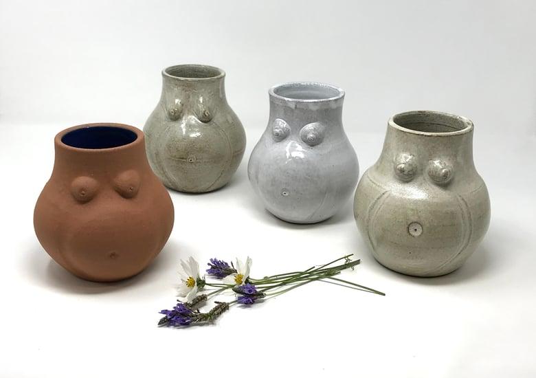 Image of Large Pregnant Vase